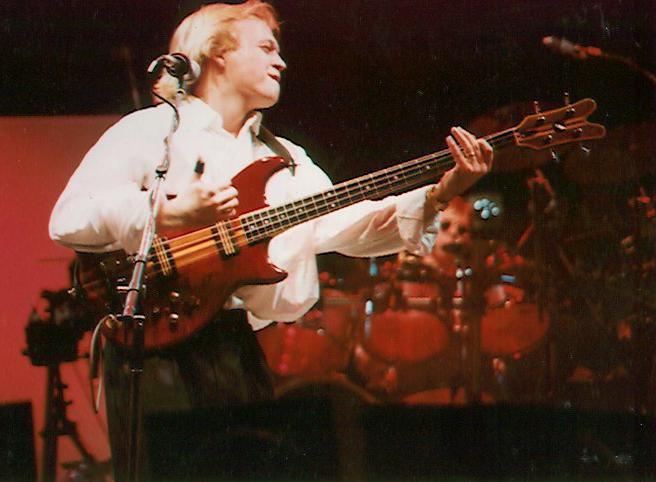 Mark King Bass : bass guitar lessonsjoe hubbard bass ~ Hamham.info Haus und Dekorationen